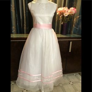 MARY'S FlowerGirl BRIDAL GOWN